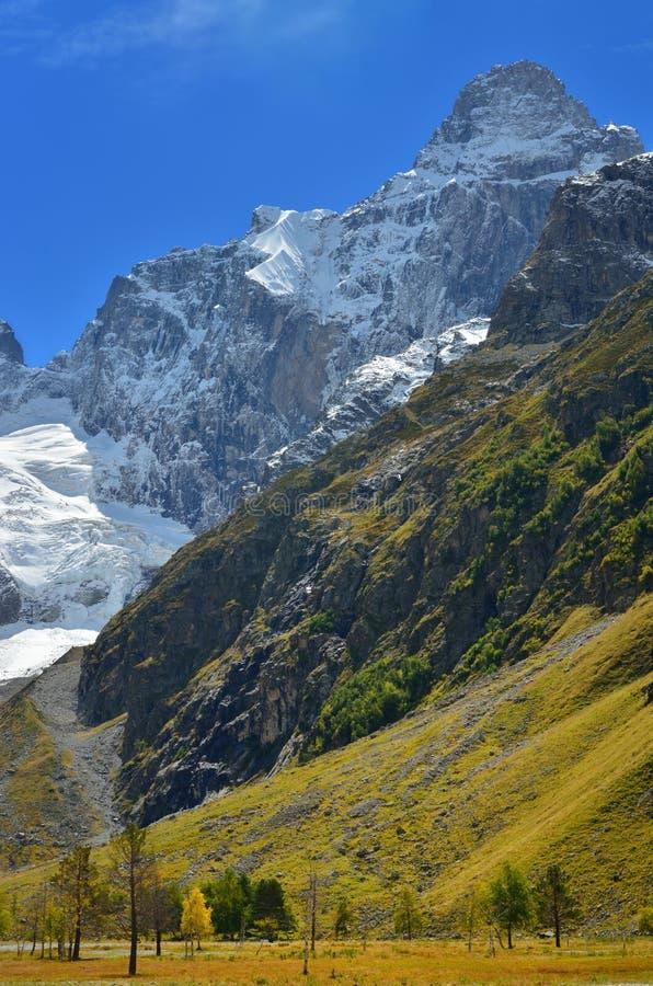 Download Summit stock illustration. Image of high, rock, landscape - 33837565