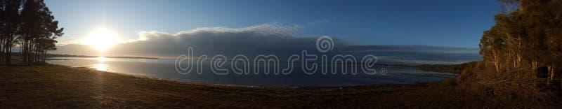 Sun в облаках стоковое изображение rf