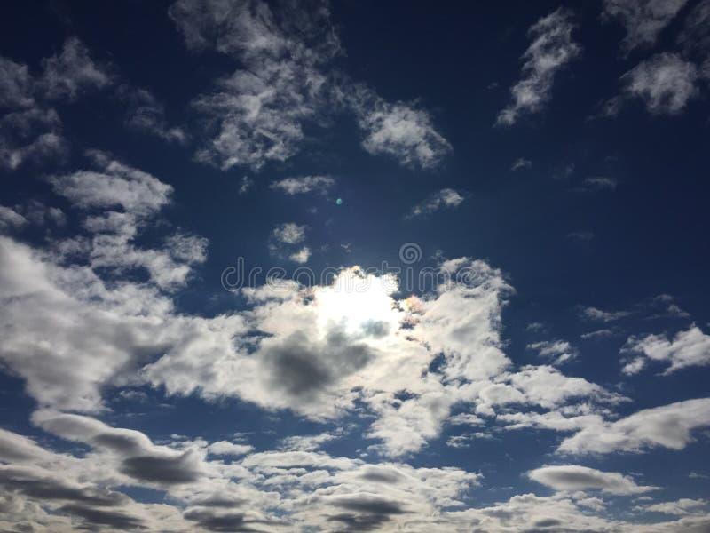 Sun и облака стоковое фото rf