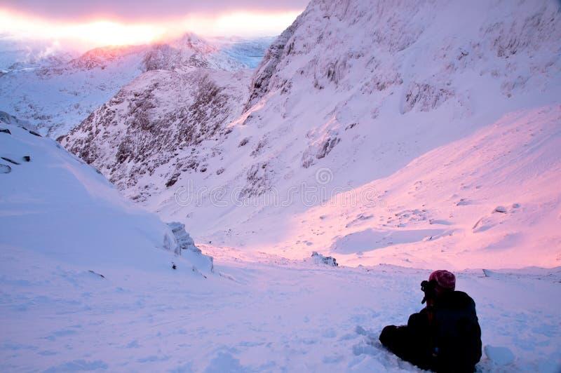 Sun-Anstieg Snowdon 2010 stockfotos