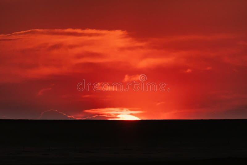 The Sun breekt de Horizon royalty-vrije stock foto's