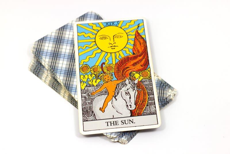 The Sun, cartes de tarot sur le fond blanc photo libre de droits