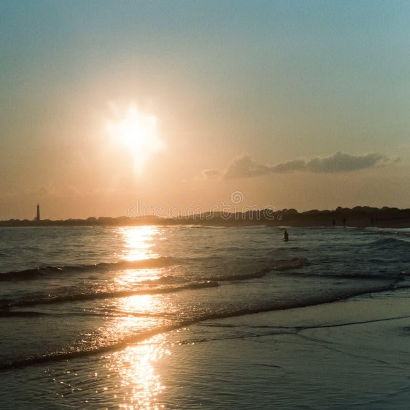 Sun che mette sulla spiaggia di Cape May immagini stock libere da diritti