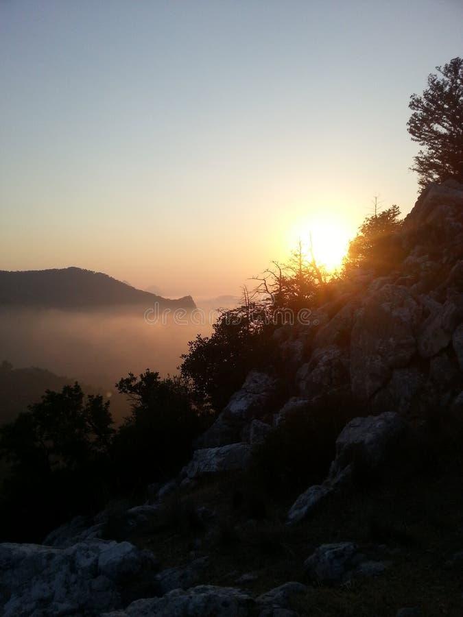 Sun e roccia immagine stock libera da diritti