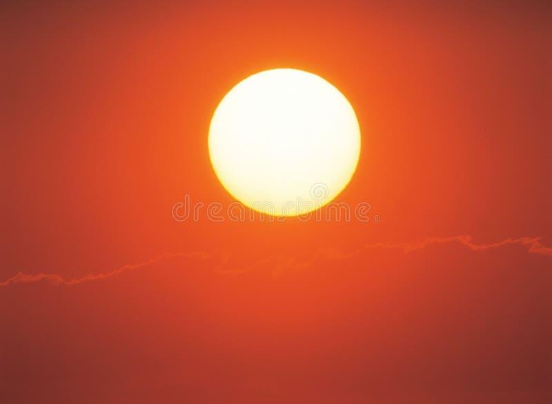 Sun en ciel images stock