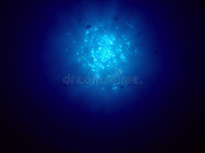 The Sun in het Diepe blauw royalty-vrije stock fotografie