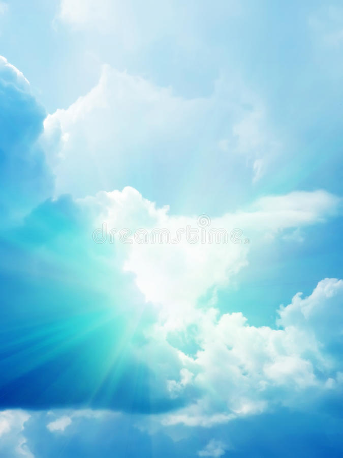 Sun-Himmelwolken lizenzfreies stockbild