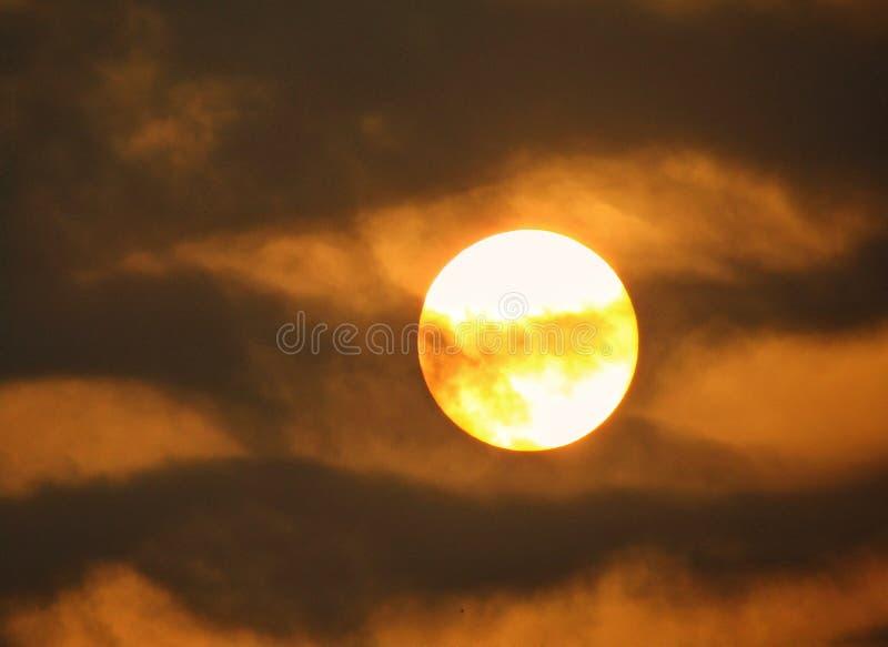 Sun magique et ciel photo libre de droits