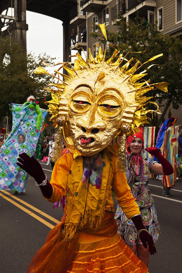 Download Sun Mask In The Parade editorial stock photo. Image of fremont - 25628613