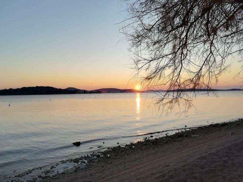 Sun, Meer und Schönheit lizenzfreies stockfoto