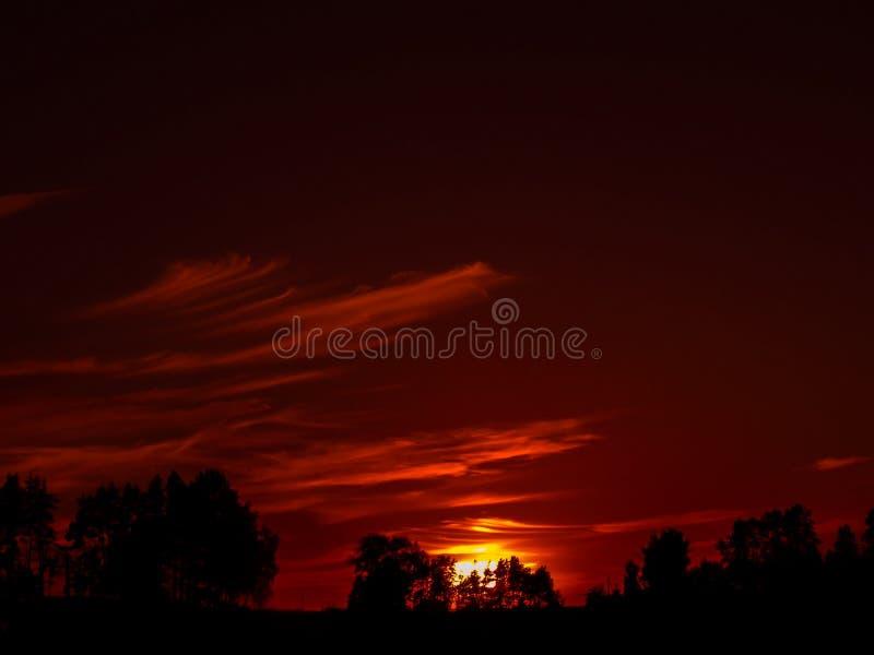 Sun oscuro imágenes de archivo libres de regalías