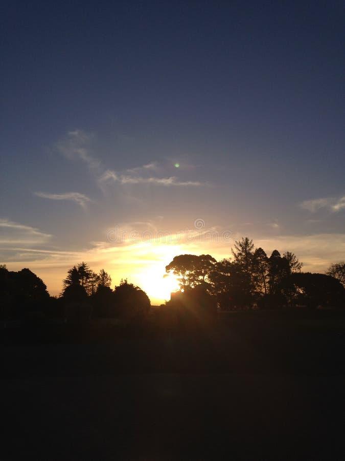 Sun que va abajo foto de archivo libre de regalías