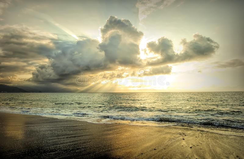 Sun Ray Sunset Clouds royaltyfria bilder