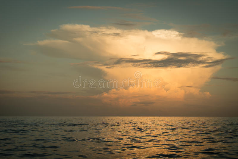 Sun rising ove Pacific ocean royalty free stock image