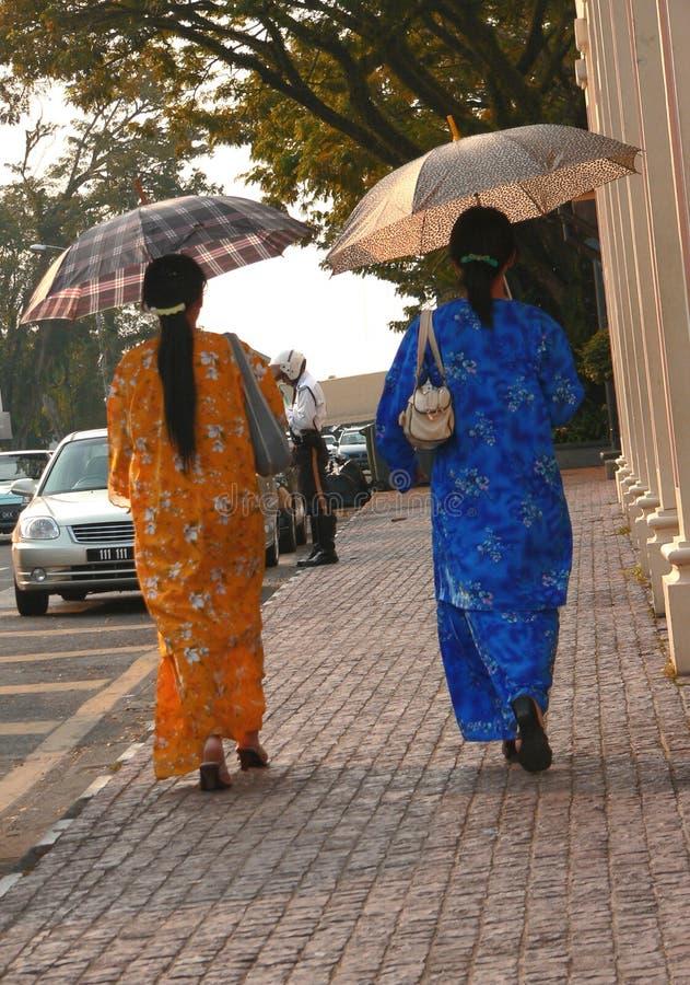 Sun-Schutz u. Malaiianer-Art und Weise. Kuching Sarawak stockfoto