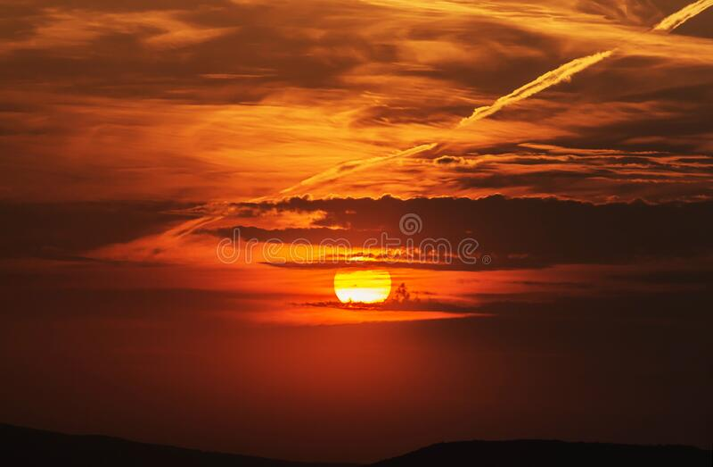 Sun Setting Over Water Free Public Domain Cc0 Image