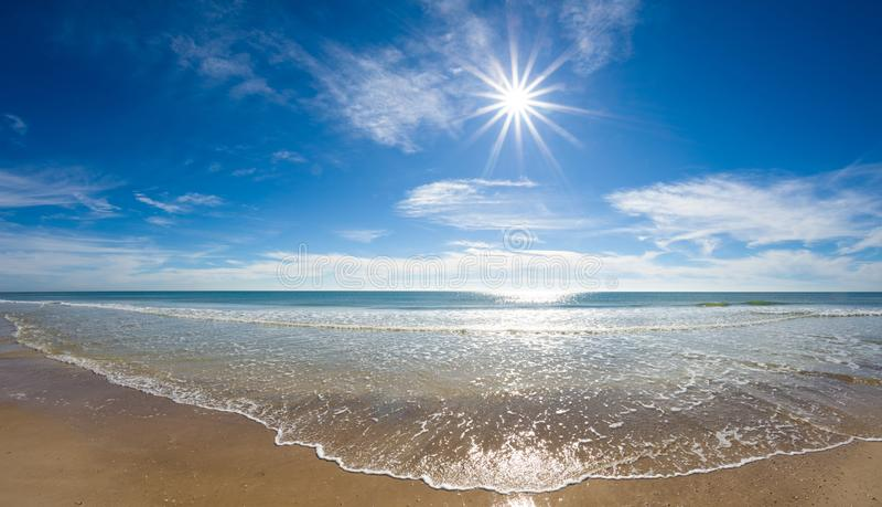 Sun sobre o Golfo do México imagem de stock