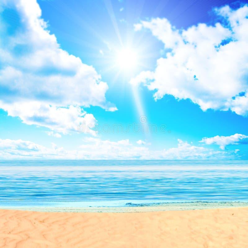 Sun sobre o paraíso fotos de stock royalty free