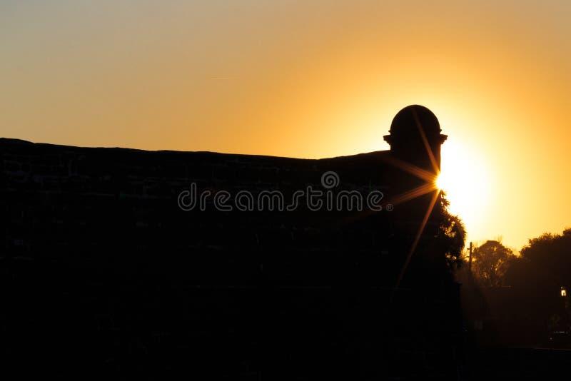 Sun stellt über spanisches Fort in St Augustine, FL ein lizenzfreie stockbilder