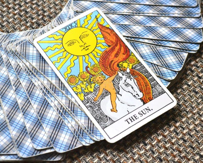 The Sun Tarot karty życia żywotności radości enlightenment ciepła manifestaci energetyczny szczęście obrazy royalty free