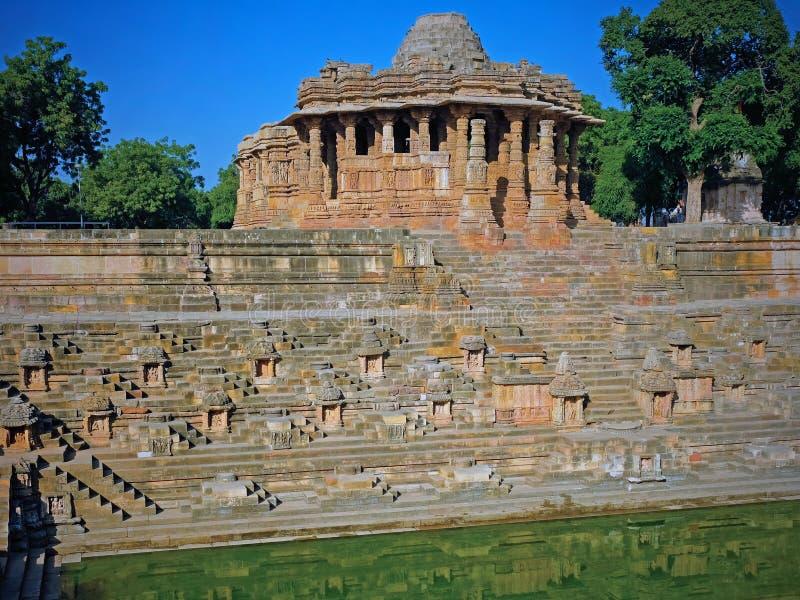 The Sun-Tempel in Modhera in Gujarat, India stock fotografie
