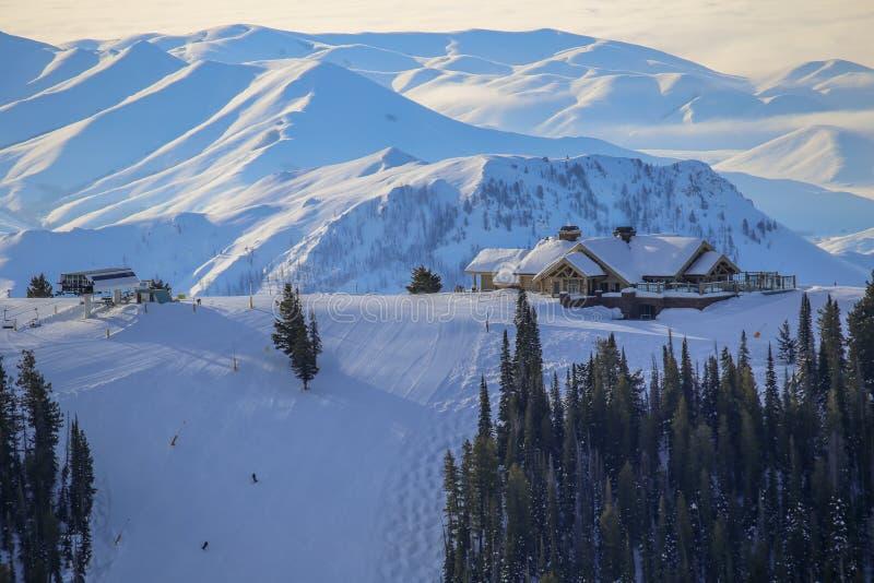 Download Sun Valley Idaho Skidar Semesterorten Fotografering för Bildbyråer - Bild av pulver, ovanför: 106827605