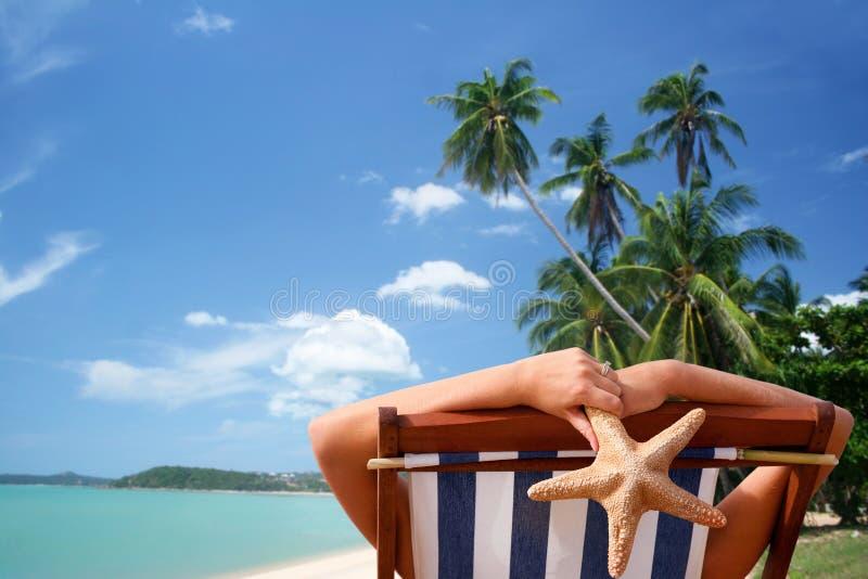 sunbather τροπικός στοκ εικόνες