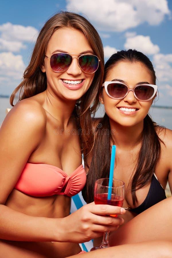 Sunbathers svegli fotografia stock libera da diritti