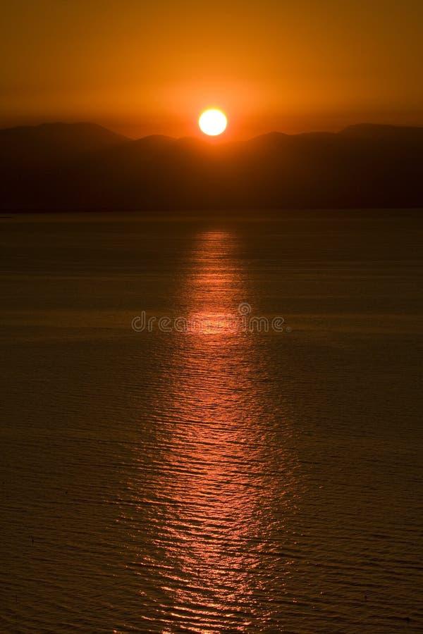 Sunbeam no mar fotos de stock royalty free