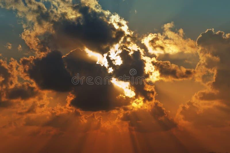 Sunbeams lizenzfreie stockfotografie