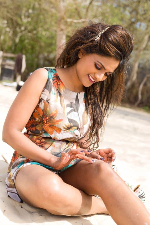 Download Suncream zdjęcie stock. Obraz złożonej z opieka, femaleness - 53790542