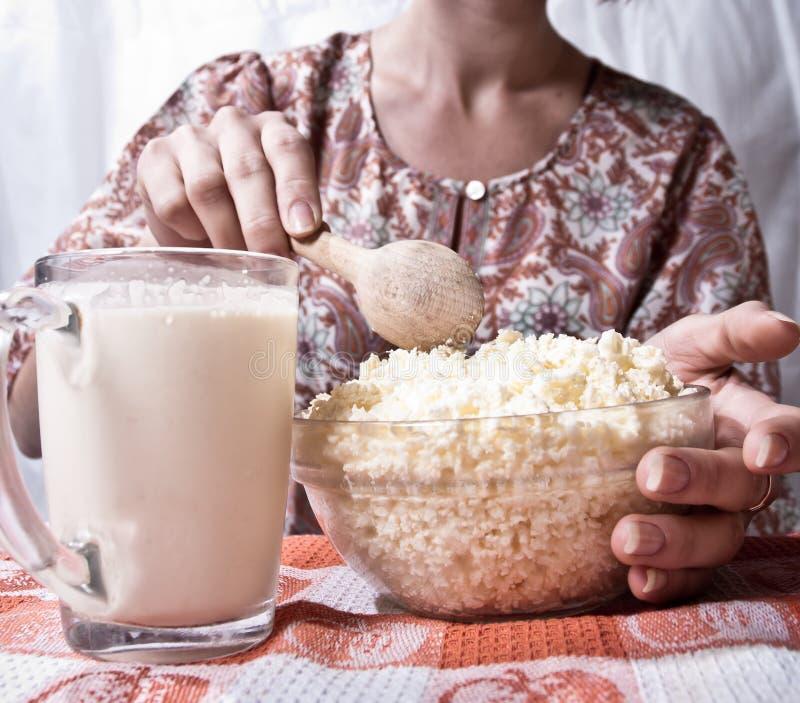 sund kvinna för ostmassa royaltyfria foton