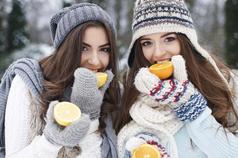 Sund livsstil i vinter arkivfoton