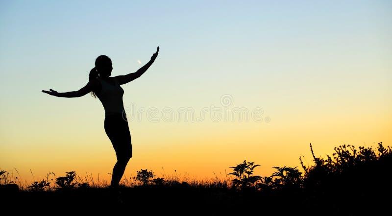 sund livsstilkvinna arkivfoton
