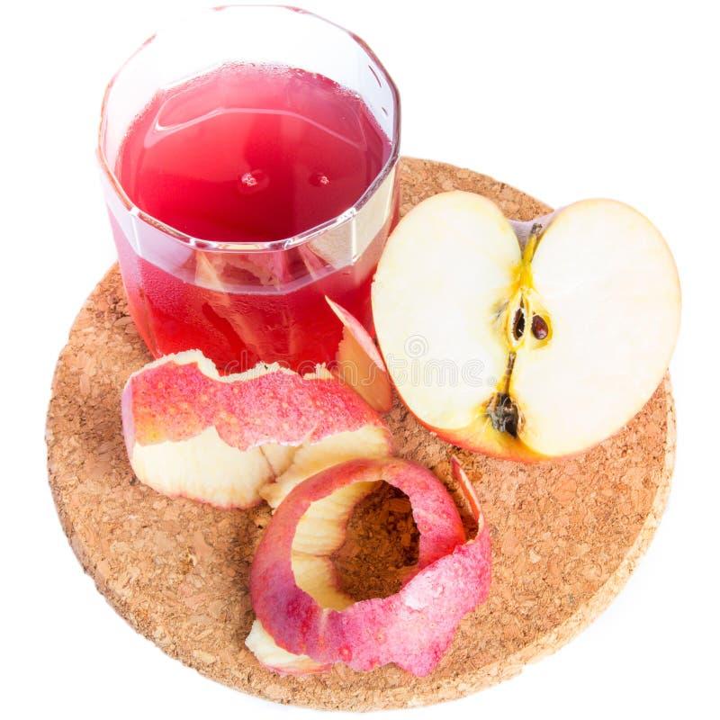 Sund ny fruktsaft av äpplen royaltyfria foton