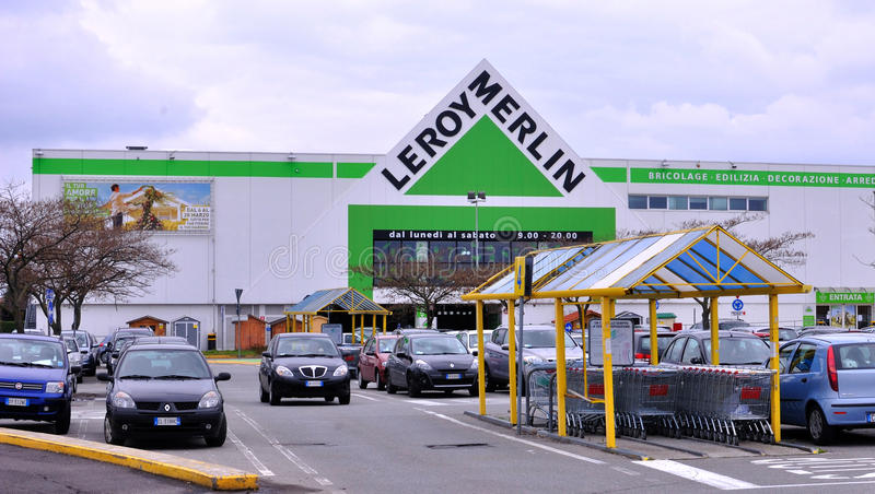 Leroy Merlin in Italy. Sunday, April 1, 2013. Leroy Merlin store in Milan, Italy. Leroy Merlin is a French worldwide home-improvement and gardening retailer royalty free stock images