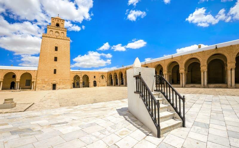 Sundial da grande mesquita em Kairouan Tunísia, Norte de África imagens de stock