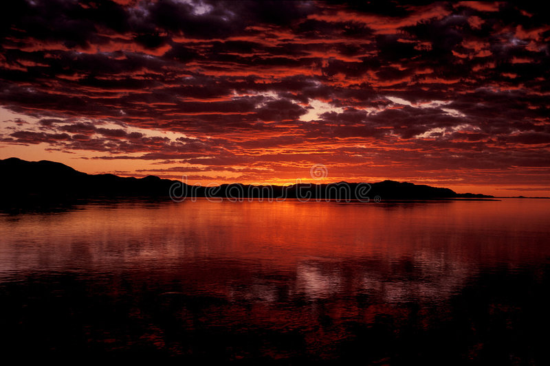 Sundown. Over Lake Laberge, Yukon, Canada royalty free stock photos