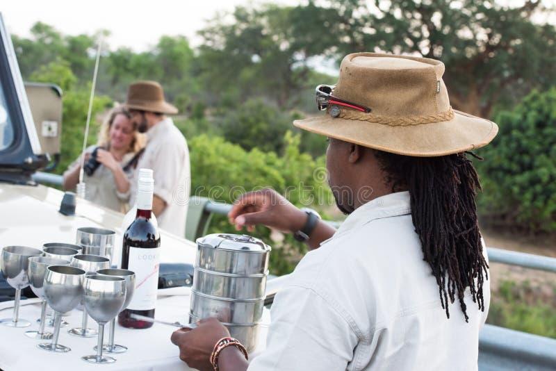 Sundowner im Nationalpark Kruger lizenzfreie stockbilder