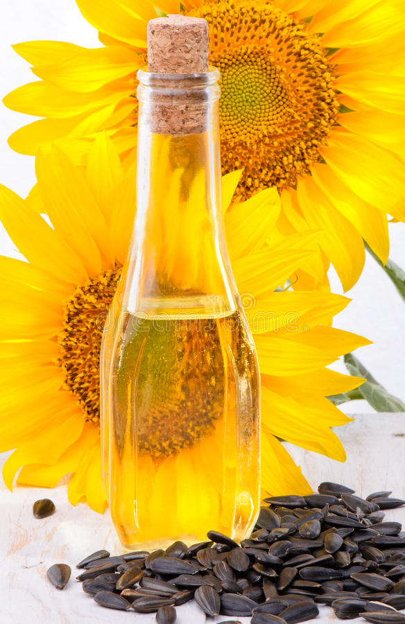 Free Sunflower Oil Royalty Free Stock Photo - 42338905