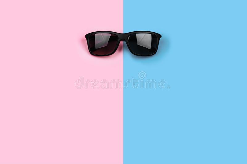 Sunglasses on pastel backgrounds royalty free stock photography