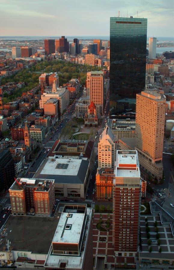 sunglow miasta. zdjęcie royalty free