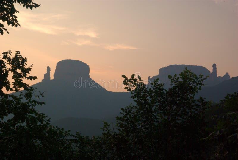 Sunglow na montanha de Zhangzhiyan fotos de stock royalty free