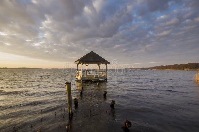 Sunhouse на озере Miedwie стоковые изображения