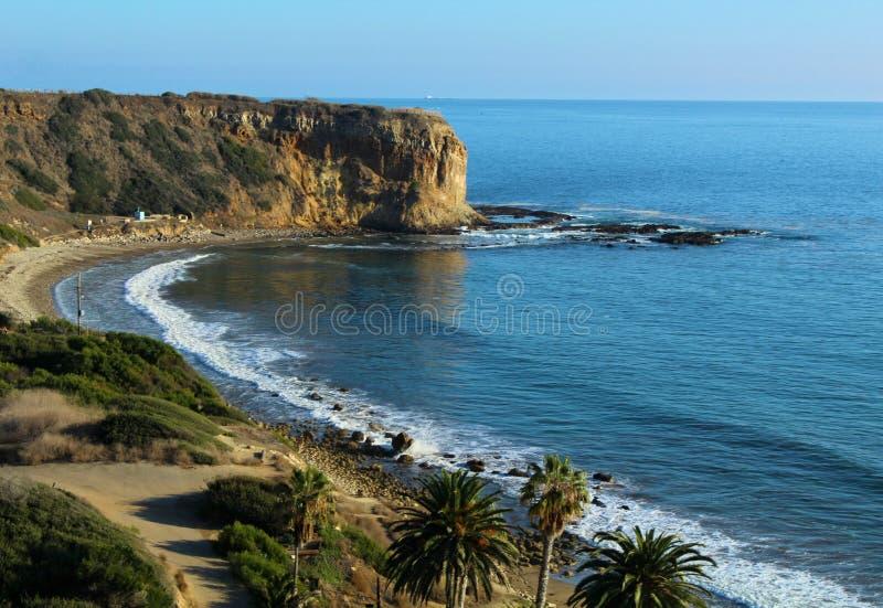 Sunny Afternoon alla prerogativa su Palos Verdes Peninsula, Los Angeles, California di Shoreline della baia dell'aliotide fotografie stock libere da diritti