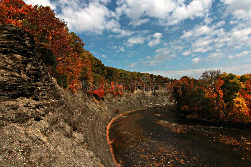 Sunny Fall Afternoon in Cleveland, Ohio, Cleveland Metroparks royalty-vrije stock fotografie