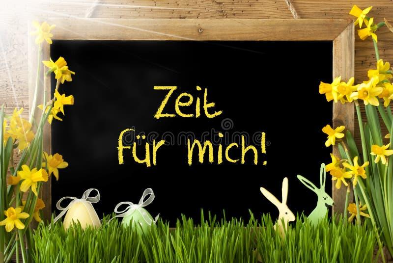 Sunny Narcissus ägg, Zeit Fuer Mich hjälpmedel Tid för mig arkivfoton