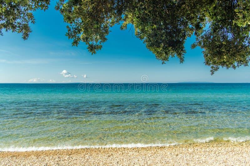 Sunny Scenic Adriatic Beach imagem de stock royalty free