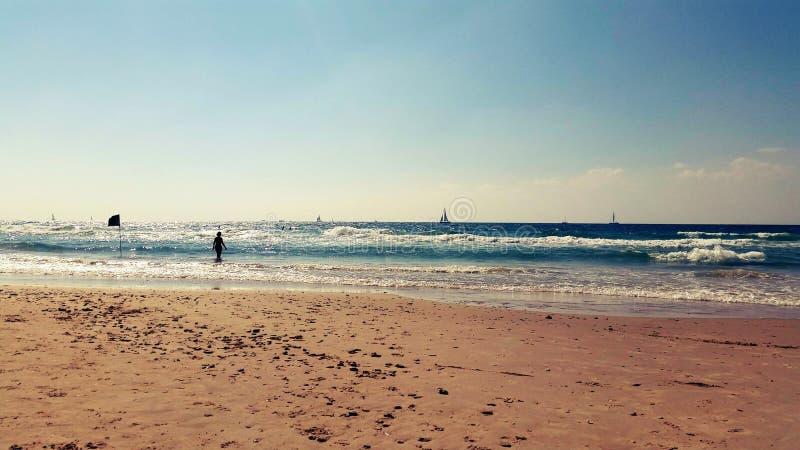 Sunny Summer Day sulla costa di mar Mediterraneo fotografia stock