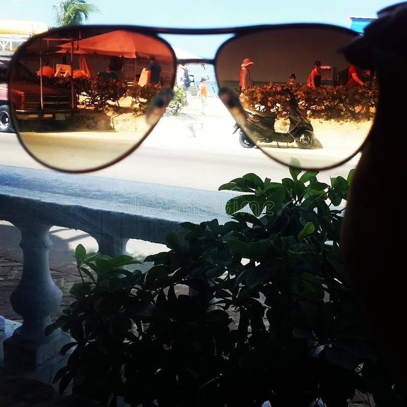 Sunny Vision lizenzfreies stockfoto